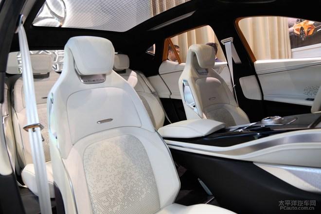 合众E-TAKE电动SUV首发