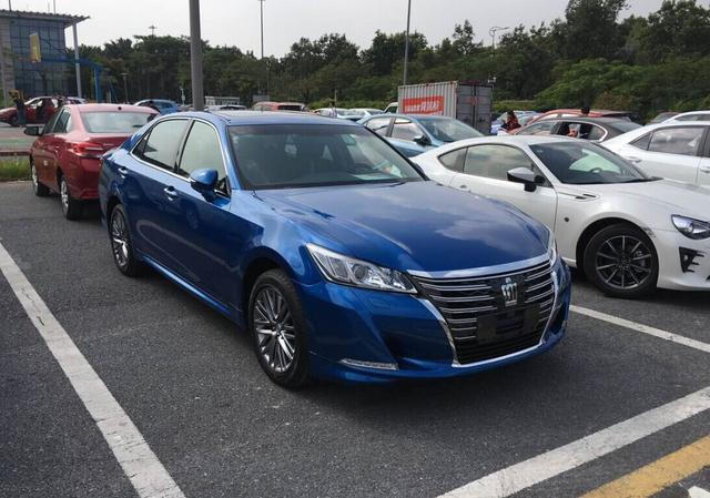 皇冠运动版车型现身 2016广州车展探馆高清图片