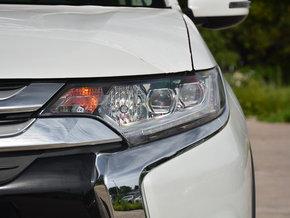 广汽三菱  2.4L 四驱精英版 左前大灯