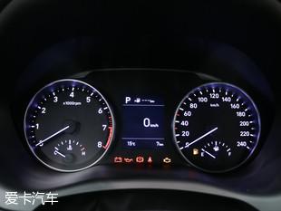 北京现代2017款悦动