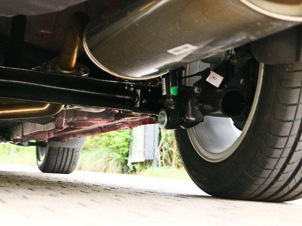 吉利汽车  1.5L 右后悬架