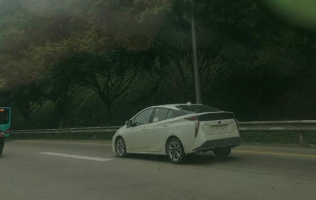 丰田全新普锐斯国内实车曝光 造型夸张激进