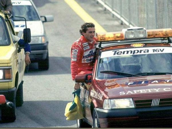 安全车请再快一点 现役跑车中谁更适合领跑F1-图8