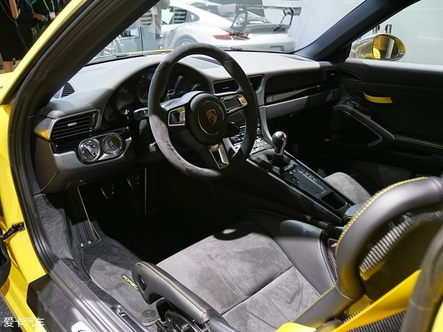 洛杉矶车展:保时捷911 Carrera T发布