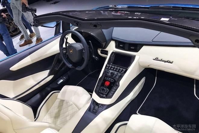 Aventador S敞篷版将于11月16日国内首发