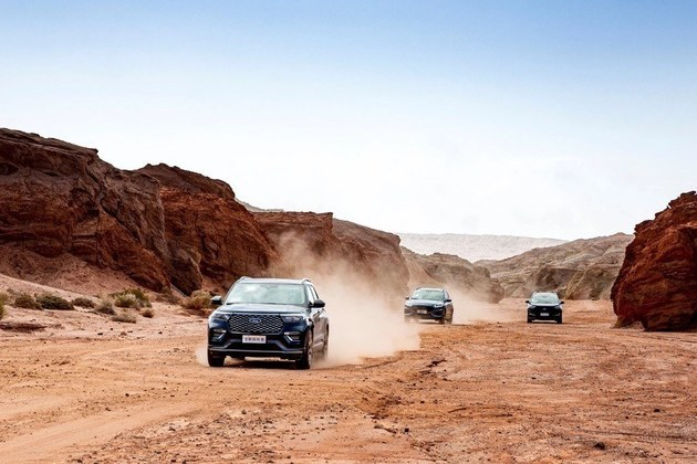 35万级SUV销冠,为何全新探险者如此受追捧?