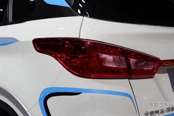 北汽新能源EX400L上海车展实拍