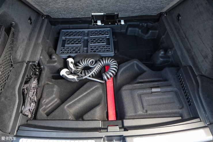奔驰;EQC;纯电动车;SUV;海外试驾;首次试驾