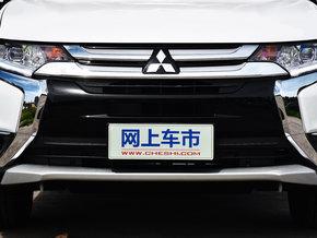 广汽三菱  2.4L 四驱精英版 前脸