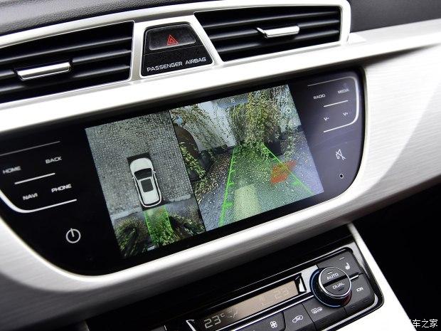 吉利汽车 博越 2018款 1.8TD 自动两驱智尊型4G互联版