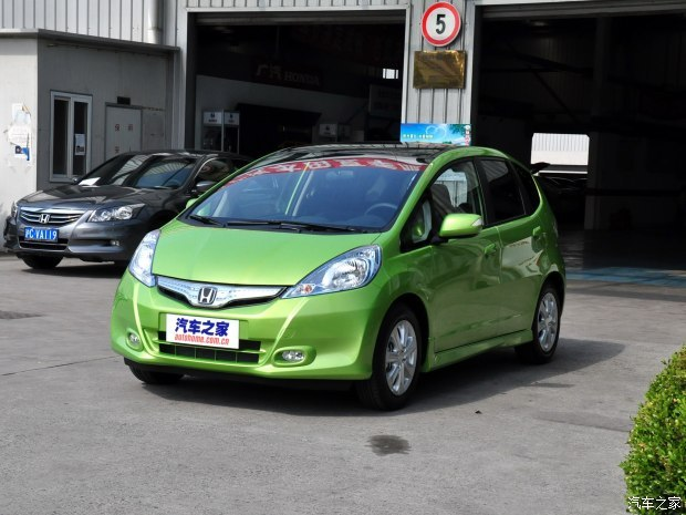 本田(进口) 飞度(进口) 2013款 1.3L Hybrid